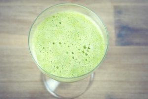 green smoothie mit Ananas