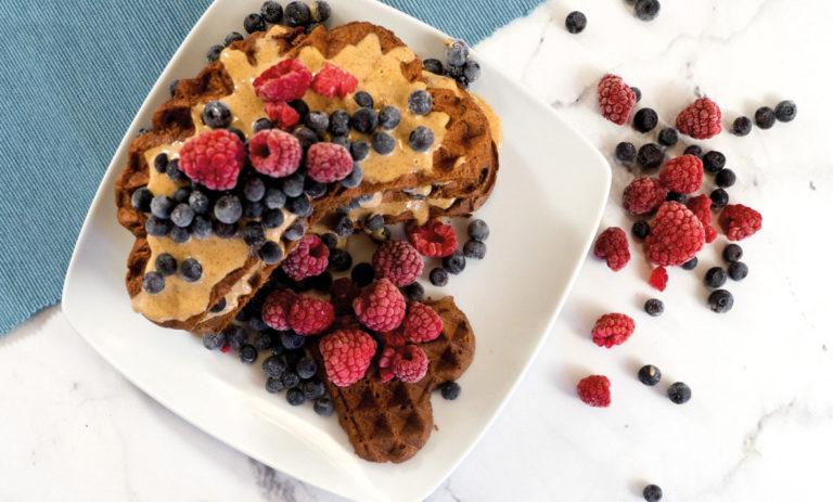 Gesunde und rein pflanzliche Schokoladenwaffeln ohne Mehl